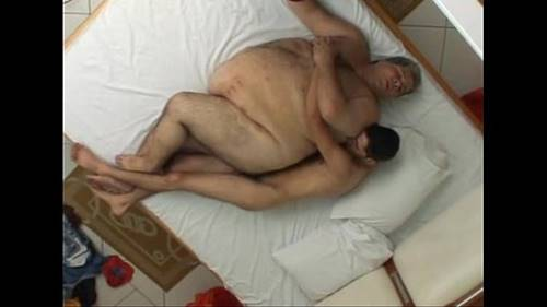 Casal de gordos a fazerem sexo couple of chubs having sex - 1 part 6