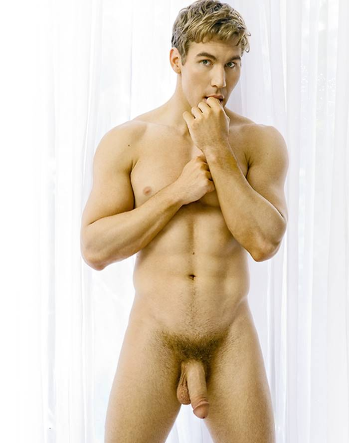 Great novinhos loiros nus de pau duro gifs legs back