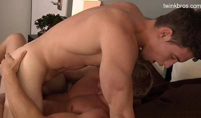 Gays Gostosos Fazendo Sexo Ate Gozar Bem Gostoso No Cuzinho Do Passivo